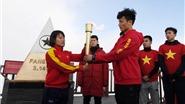 'Săn' dấu vết thủ môn Tiến Dũng U23 chiêm bái tâm linh tại đỉnh Fansipan