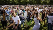 Dịch COVID-19: Hà Lan bắt giữ hàng chục người biểu tình phản đối giãn cách xã hội
