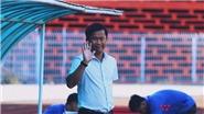 HLV Cần Thơ muốn mua cả đội hình HAGL, thầy Miura muốn phạt thẻ đỏ cầu thủ SHB Đà Nẵng