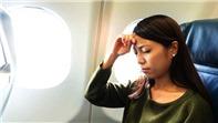 Mẹo tránh ù tai khi đi máy bay