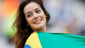 Chiêm ngưỡng những fan nữ tuyệt sắc nhất World Cup