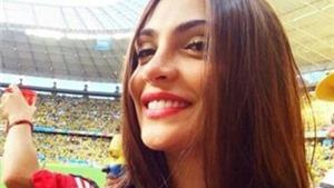 Fan nữ Colombia bị săn tìm trên Twitter vì quá xinh đẹp