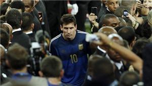 Messi đứng sau James Rodriguez và Kroos trong cuộc bầu chọn Bóng vàng của AS