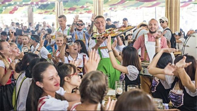 Hơn 200 nghệ sẽ quốc tế tham gia biểu diễn tại B'estival 2018
