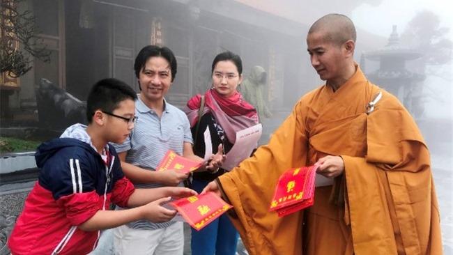 Khu du lịch Sun World Fansipan Legend miễn phí vé cáp treo tới Tăng Ni cả nước